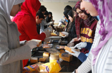 USA-Muslim-Students-Work-to-Feed-the-Homeless